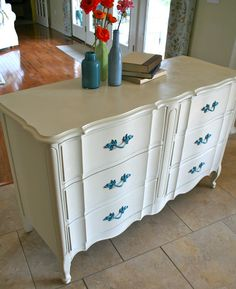 The Dresser, from Frumpy to Fabulous