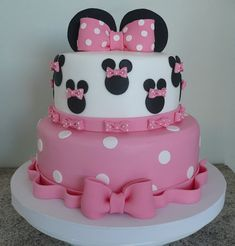 festa minnie rosa - Pesquisa Google Minnie Mouse Birthday Cakes, Minnie Mouse Theme, Minnie Mouse Baby Shower, Disney Birthday, Bolo Minnie, Pink Minnie, Disney Themed Cakes, Disney Cakes, Miki Mouse