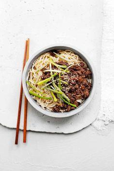 Gremolata, Tableware, Ethnic Recipes, Food, Goulash, Pigs, Fresh, Food Food, Dinnerware
