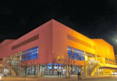 In Rockford, it's that big orange building that you just can't miss. The BMO Harris Bank Center (formerly Rockford Metro Centre), hosts concerts, circuses, and is home to Rockford's very own Ice Hogs hockey team.