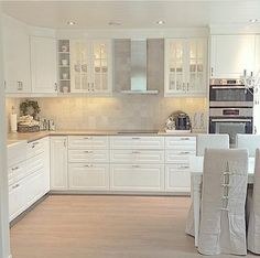 Kitchen Source by Kitchen Decor, Home Decor Kitchen, New Kitchen, Kitchen Room Design, Home Kitchens, Kitchen Design, Kitchen Room, Kitchen Remodel, Kitchen Dining Room