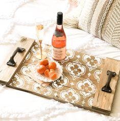 Unique wooden serving tray with white pattern wine bottle elegant tall glass and tangerines Tile Crafts, Wood Crafts, Practical Housewarming Gifts, Wooden Serving Trays, Small Wood Projects, Wood Tray, Pallet Tray, Painted Trays, Diy Workshop