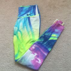 Nike lava tights In perfect condition . Rare print. Not available anymore. Offers welcome, no lowballs. Retails 150+ ! Nike Pants Leggings