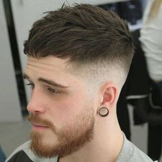 As one of the latest hair trends for men, the skin fade comes in a variety of cuts, such as a high, mid and low bald fade haircut. The low fade haircut can best be described as a lasting style that only gets better with time. [Read the Rest] → Cool Mens Haircuts, Trendy Haircuts, Best Short Haircuts, New Haircuts, Hairstyles Haircuts, Short Hairstyles For Men, Best Men Hairstyles, Guys Haircuts Fade, Young Men Haircuts