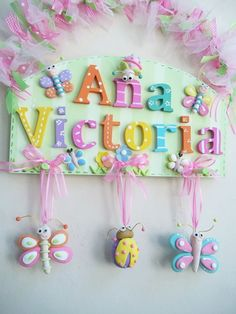 Foam Crafts, Diy And Crafts, Crafts For Kids, Kids Room Accessories, Name Decorations, Bow Hanger, Baby Door, Crafts Beautiful, Plate Design