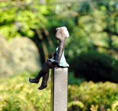 Frank boogaard bronzen beelden on pinterest tuin vans for Beeld tuin modern