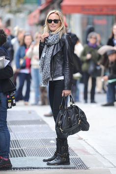 Malin Akerman- love her outfit