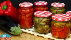 CONSERVA DE BERENJENA Y PIMIENTOS ASADOS. Loli Domínguez. Recetas paso a... Pickled Eggplant, Cooking Videos, Canning Recipes, Pork Chops, Risotto, Pickles, Side Dishes, Food And Drink, Tasty