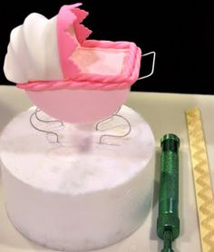 Cake Fixation: How to Make a Stroller Cake Topper