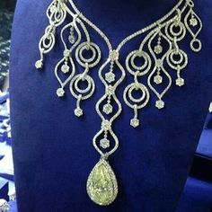 repost via @instarepost20 from @mike_nekta #bigdiamond #necklace #bigdiamondnecklace