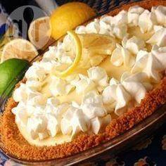 Torta rápida de limão com suspiro @ allrecipes.com.br