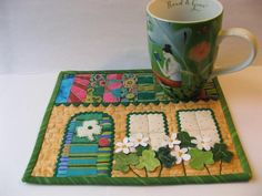 (7) Name: 'Quilting : March House Mug Rug