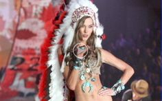 Victoria's Secret Apologizes to Native Americans. Supermodel Karlie Kloss, 20, walked the runway in New York City last Wednesday in the Native American-style outfit to represent November during a segment meant to represent the 12 months of the year.  Native American leaders and women rose up to say that Kloss had misrepresented them and their culture. Victoria's Secret apologized online with and promised the footage of Kloss would not air when the fashion show is broadcast on CBS next month.