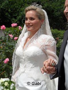 specials_weddings_2014_alexander_sarah_04.jpg 375×500 Pixel