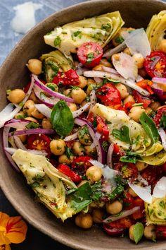 Tuscan Artichoke Salad – A Simple Palate Vegetarian Recipes, Cooking Recipes, Healthy Recipes, Side Salad Recipes, Vegetable Salad Recipes, Italian Salad Recipes, Bean Salad Recipes, Veggie Soup, Cooking Ideas