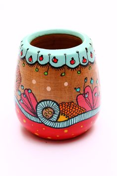Pottery Painting, Painting On Wood, Rock Painting, Painted Boxes, Hand Painted, Paper Mache Bowls, Pottery Pots, Diy And Crafts, Arts And Crafts