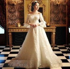 Off-the-Shoulder Princess Vintage Victorian Wedding Dress ...