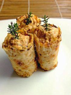 cannoli di parmigiano ripieni