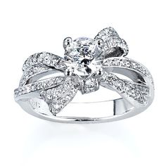 "Lovely ""ribbon"" engagement ring"