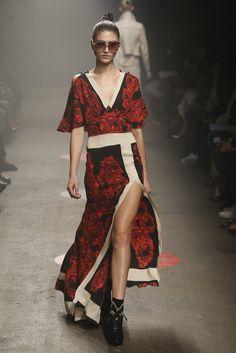 Tracy Reese RTW Fall 2015 - Slideshow - Runway, Fashion Week, Fashion Shows, Reviews and Fashion Images - WWD.com