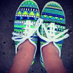 Blue and Green Aztec Sneakers  ||■■|| I llllooooovvvvvvveeeeeee thesee!!! @taralily98