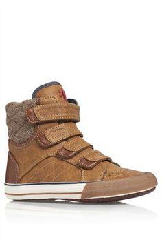 Miłek's boots