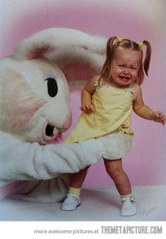 The Creepiest Easter Bunny Photos Ever Taken - I don't understand why this is so funny. it really isn't funny at all. knowing what it feels like being afraid and being forced to do something one doesn't want. but it's funny. Donnie Darko, Easter Bunny Pictures, Bunny Pics, Easter Bunny Costume, Easter Costumes, Pedobear, Awkward Family Photos, Family Pictures, Awkward Pictures