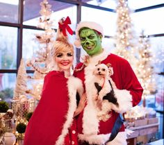 whoville christmas costumes christmas costumes cindy lou Grinch and Cindy Lou Who Adult Costume Christmas Card Cindy Lou Hoo, Whoville Costumes, Christmas Costumes, Whoville Christmas, Christmas Fun, Halloween Kostüm, Halloween Costumes, Christmas Photo Cards, Holiday Outfits