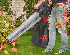 "Check out new work on my @Behance portfolio: ""leaf vacuum blower mulcher"" http://be.net/gallery/48697661/leaf-vacuum-blower-mulcher"
