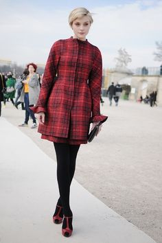Plaid at París Fashion Week. Prints in street style