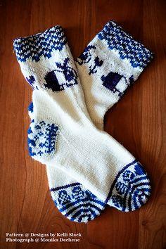 Ravelry: Bouncing Bunnies Socks pattern by Kelli Slack