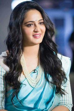 Beauty at it's best. Anushka Shetty