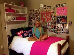 Cute navy & pink dorm Auburn University College planning and crafting Kimberly jester Dorm Room Necessities, College Necessities, University Dorms, Auburn University, College Apartments, College Dorm Rooms, College Dorm Decorations, Dorm Room Organization, Dorm Life