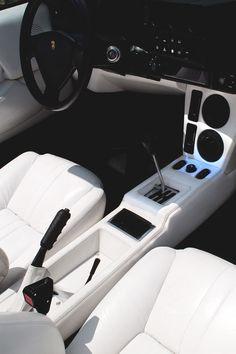 1986 Lamborghini Jalpa interior |Source|
