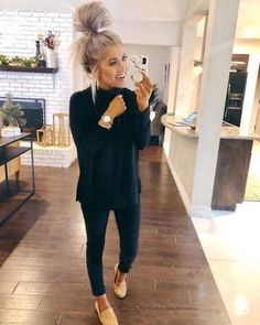 20 Warm Work & Office Outfits Ideas for Women When It's Cold - Lifestyle Spunk Casual Fall Outfits You Must Buy Now. Women's Fashion. Chic And Comfy Casual Fall Outfits, Fall Winter Outfits, Spring Outfits, All Black Trendy Outfits, Work Outfits Women Winter Office Style, Black On Black Outfits, Fall Work Outfits, Casual Work Outfit Winter, Office Outfits Women Casual