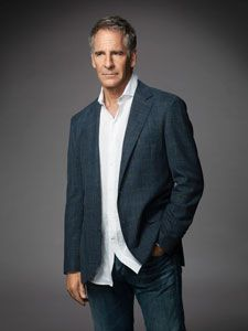 """""""Anthony William provides an entirely fresh perspective on seemingly undiagnosable health issues that is mind-blowing."""" -Scott Bakula, actor NCIS: New Orleans, Quantum Leap, Star Trek: Enterprise"""