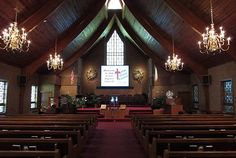 We love how this traditional church incorporated a projector and screen into their sanctuary! Church Interior Design, Church Stage Design, Projector Setup, Old Country Churches, Michigan Wedding Venues, Home Theater Setup, Inexpensive Wedding Venues, Mansions, House Styles