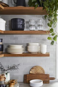 Farmhouse Kitchen Decor, Home Decor Kitchen, New Kitchen, Kitchen Design, Beautiful Kitchens, Cool Kitchens, Green Subway Tile, Diy Home Decor On A Budget, Tiny House Design