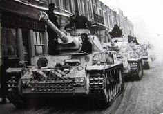 Panzer IV's 3rd Kompanie LASSH Kharkov 1944.