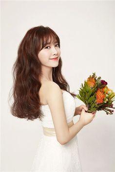Goo Hye Sun does a free wedding pictorial for a close friend! | allkpop.com
