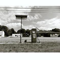 she_bought_the_flowers_herself #abandoned #gaspump #Phillips66, @ $.33 per gallon. #bygones #nostalgia #vintage #rural #Virginia #backroads #Appalachia #roadtrip #blackandwhite