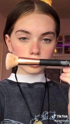 Dewy Makeup, Contour Makeup, Blush Makeup, Eyeshadow Makeup, Makeup Eyes, Natural Makeup, Model Makeup Tutorial, Grunge Makeup Tutorial, Everyday Makeup Tutorials