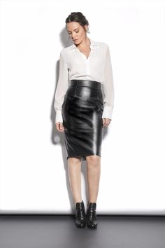 The ultimate leather skirt for this season