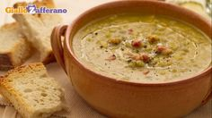 Ricetta Zuppa di piselli spezzati - Le Ricette di GialloZafferano.it