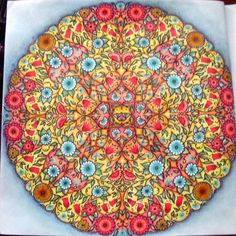 Mandala butterfly. Secret Garden. Mandala Borboleta. Jardim Secreto. Johanna Basford