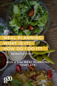 Meal planning is a great way to save money and help you keep to eating healthy. We made a Meal Planning Template to help you make it super easy! Healthy Dorm Eating, Clean Eating Desserts, Healthy Eating Recipes, Healthy Foods To Eat, Healthy Habits, Whole Food Recipes, Healthy Breakfasts, Healthy Shakes