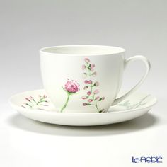 Einzurei Camille tea cup and saucer