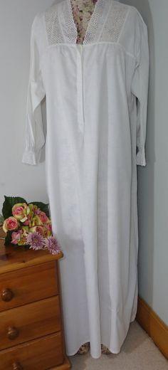 Stock-Länge viktorianisches Nachthemd weiß Baumwolle.