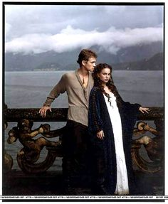 Star Wars Padme Amidala with Anakin Skywalker - Nightgown and Robe - Front view