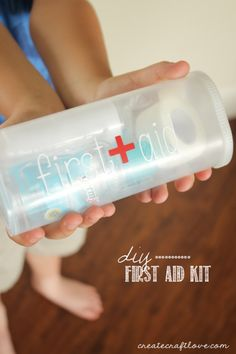 Small, portable DIY First Aid Kit that easily fits in purses and beach bags for any injuries the summer throws at you! via createcraftlove.com